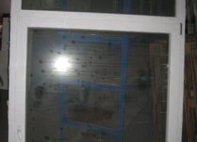 Kunstofffenster mit Rundbogen