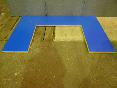 Arbeitsplatten, Oberfläche blau, 45 Grad gesägt, Multiplex Buche, 40 mm Stärke