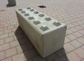 Beton-Schnellbausteine, Betonblocksteine, Betonblock mit Noppen