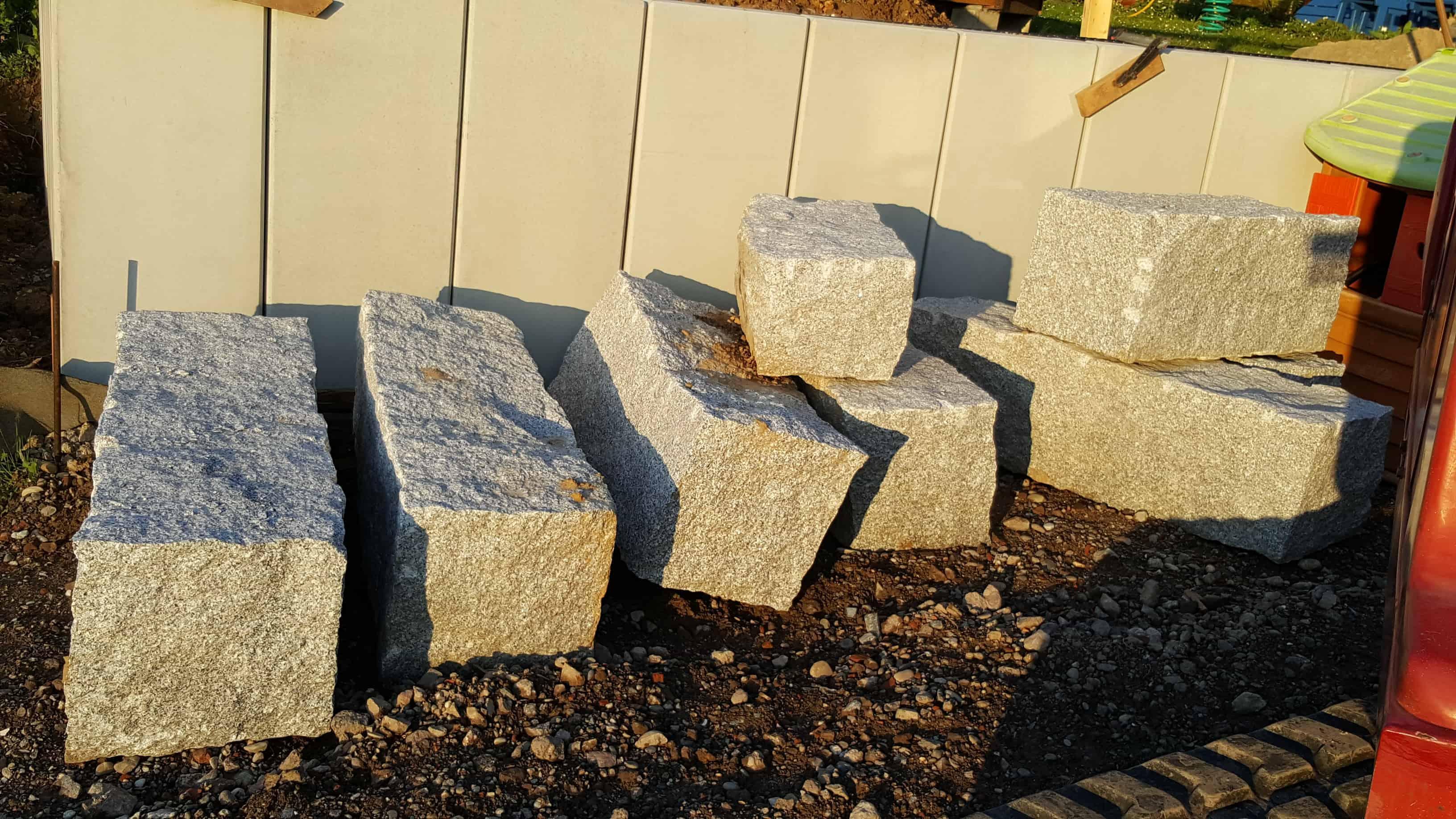 Granit Quader Steine 40x40 in Längen 60-120cm