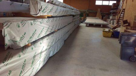 Neue Dachbalken u. Konstruktionsholz für Außenwände