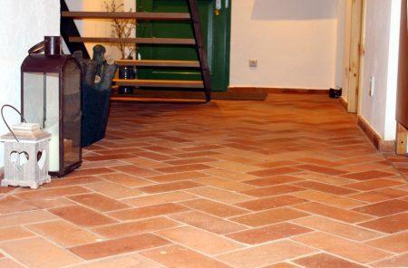Bodenplatten Bodenziegel Bodenfliesen Backstein alte Mauersteine natürlich ursprünglich als Fliese geschnitten Landhaus shabby chic Terracotta