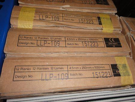 Designflooring Rustik Timber (LLP104) und Stamford (LLP109) Rest