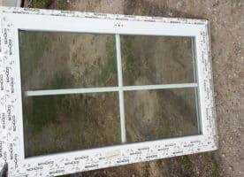 Fenster mit Sproßen 3-fach Verglasung