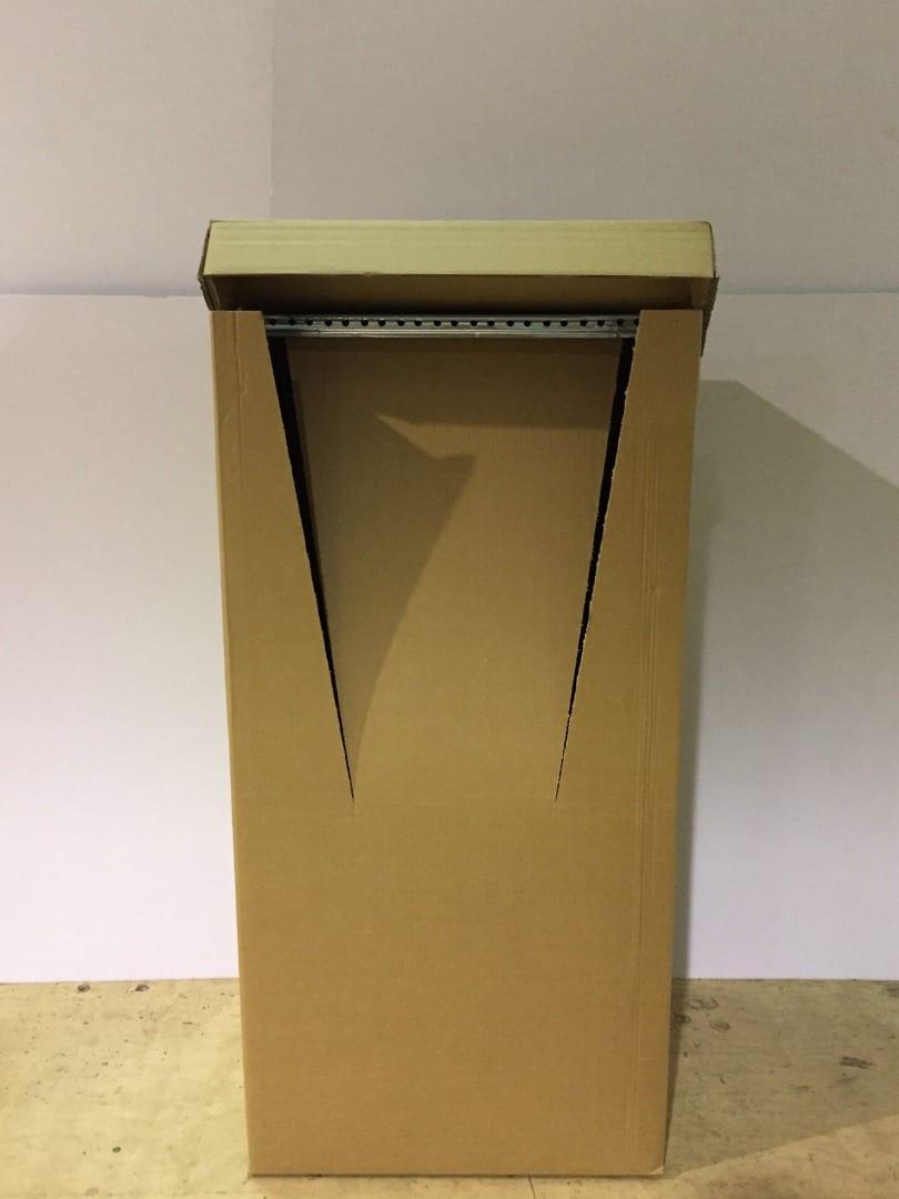 Kleiderkartons mit Stange und Deckel, 120cm x 60cm x 60cm