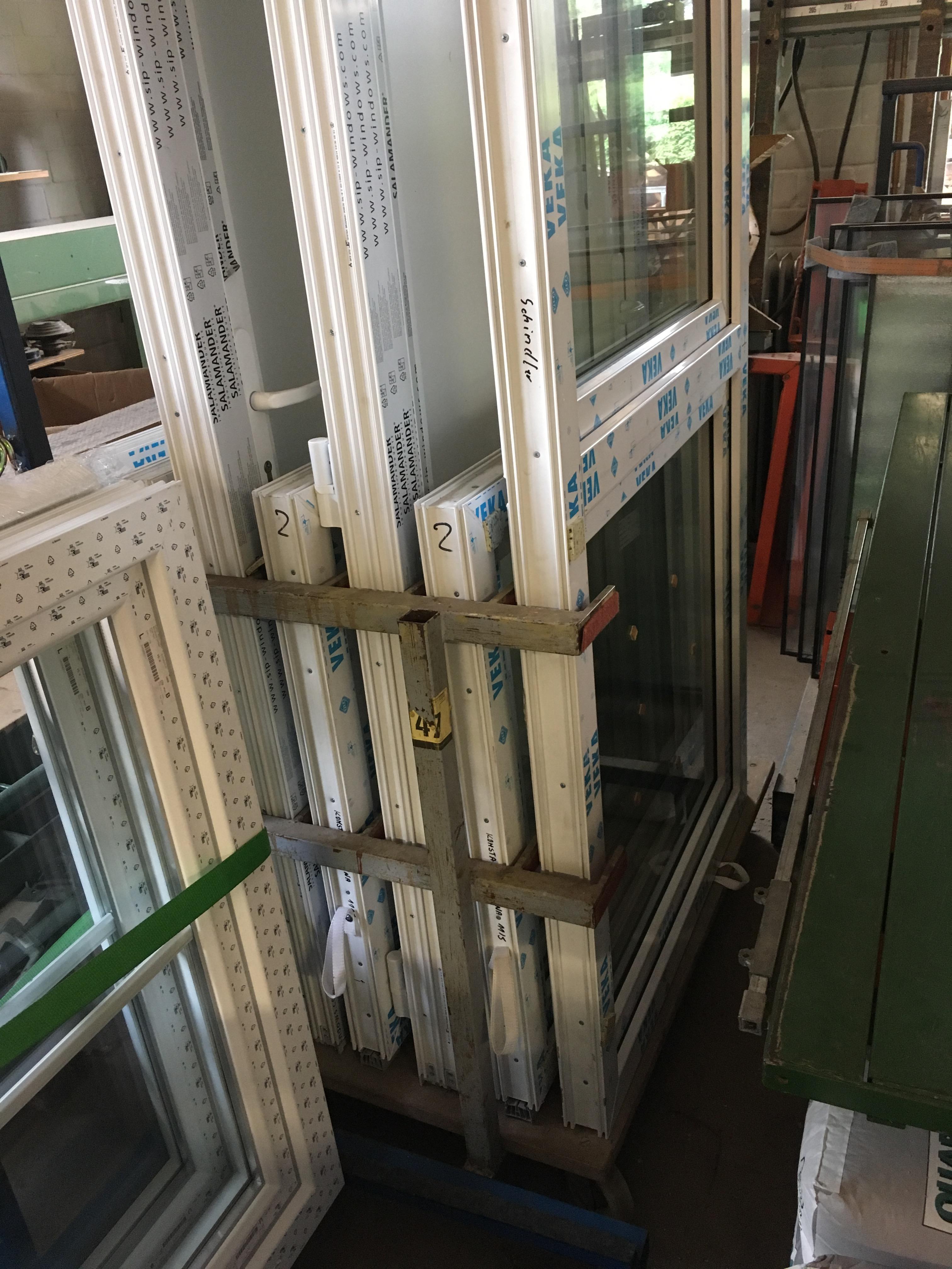 Neue Kunstofffenster von Veka (6x einflü. + 1x zweiflü.)