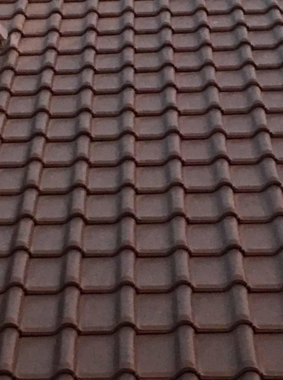 Dachziegel und Zubehör