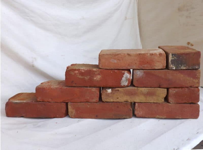Antikziegel alte Mauersteine rustikale Ziegel Klinker Backsteine Verblender historisches Mauerwerk Ruinenmauer