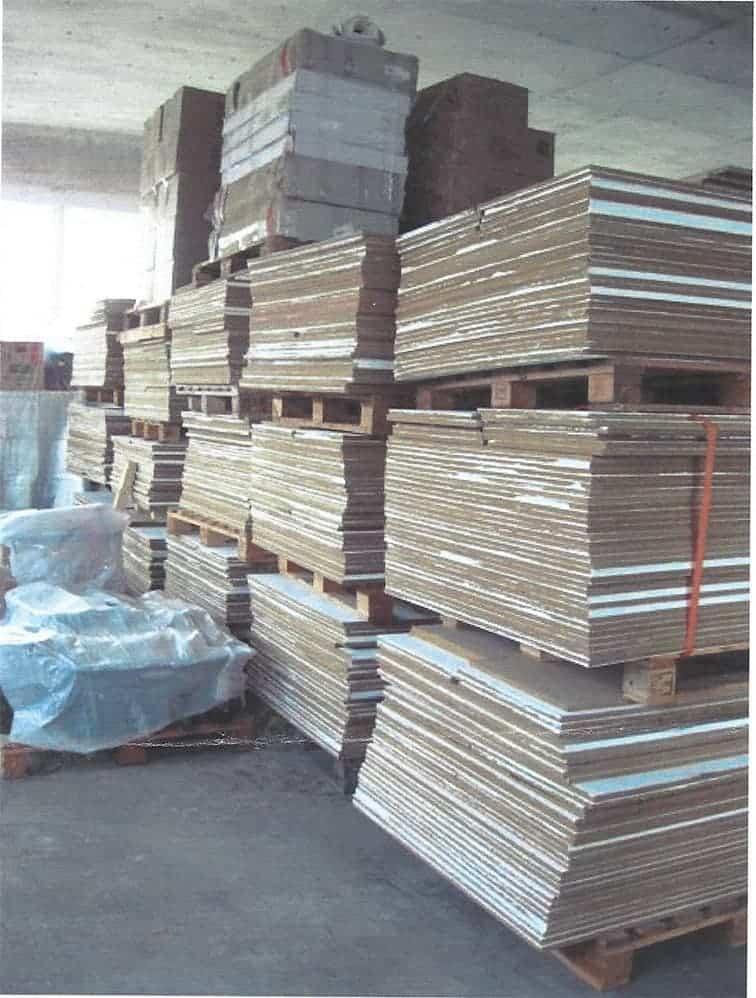 MDF Platten B1 2,72m x 1m (16mm) und 2,72m x 0,50m (16mm)