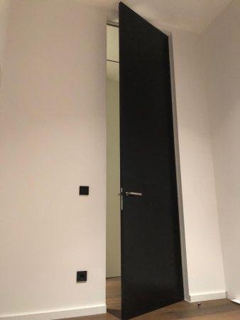 Linvisibile Türen