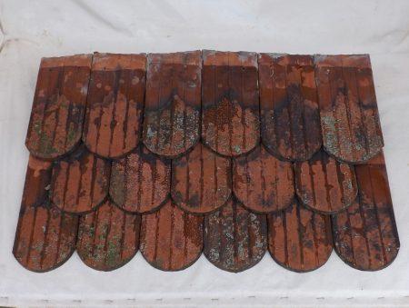 historische Dachziegel Turmziegel Turmbiber Biberschwanz romantisch Gartenlaube Dachsteine Tonziegel glasiert Patina