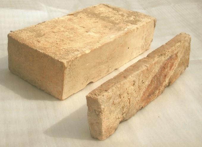 Restposten Antikriemchen Steinriemchen Bodenplatten Bodenfliesen Mauerverblender Ziegelriemchen Verblender Rückbausteine Ziegel Backstein Fliese