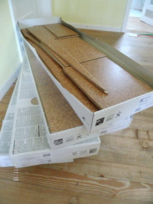 korkparkett lackiert g nstig kaufen im baustoffhandel von restado gebraucht und neu laminat. Black Bedroom Furniture Sets. Home Design Ideas