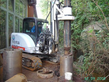 New piling / drilling rig  Tescar CF2.5