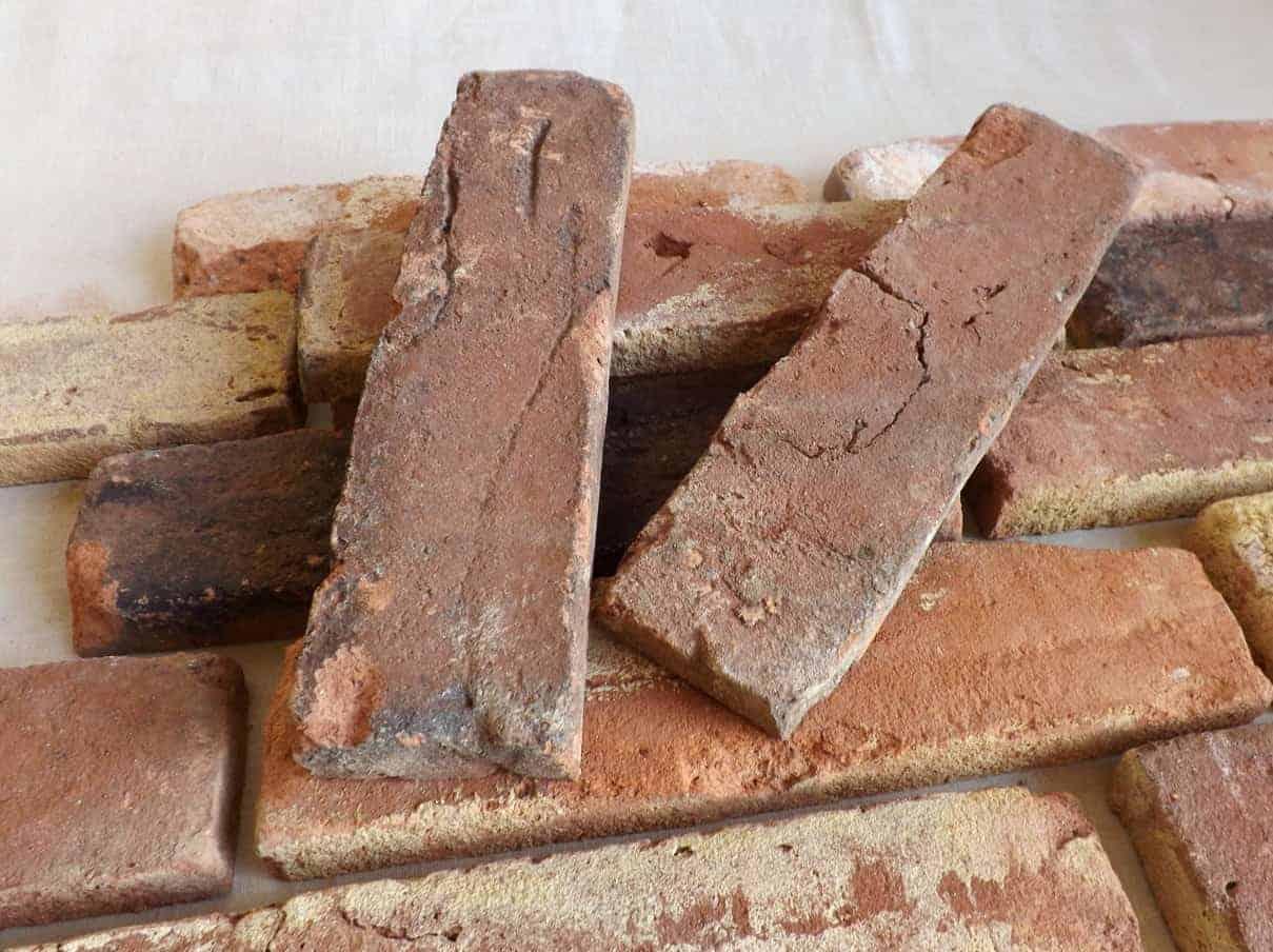 Mauerziegel geschnitten used look