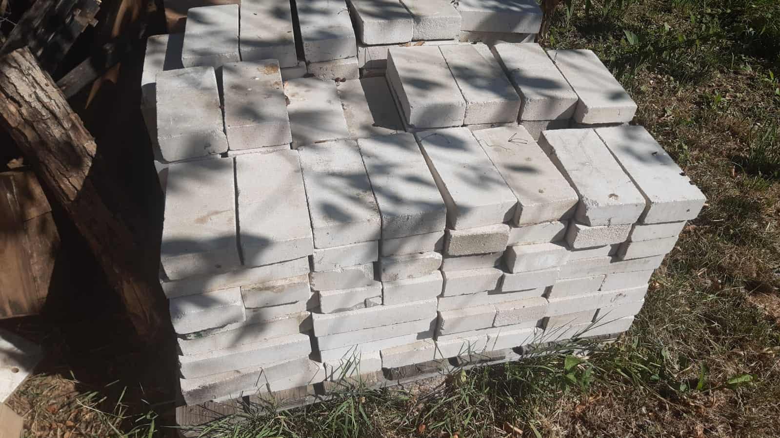 Kalksandsteine (klein)