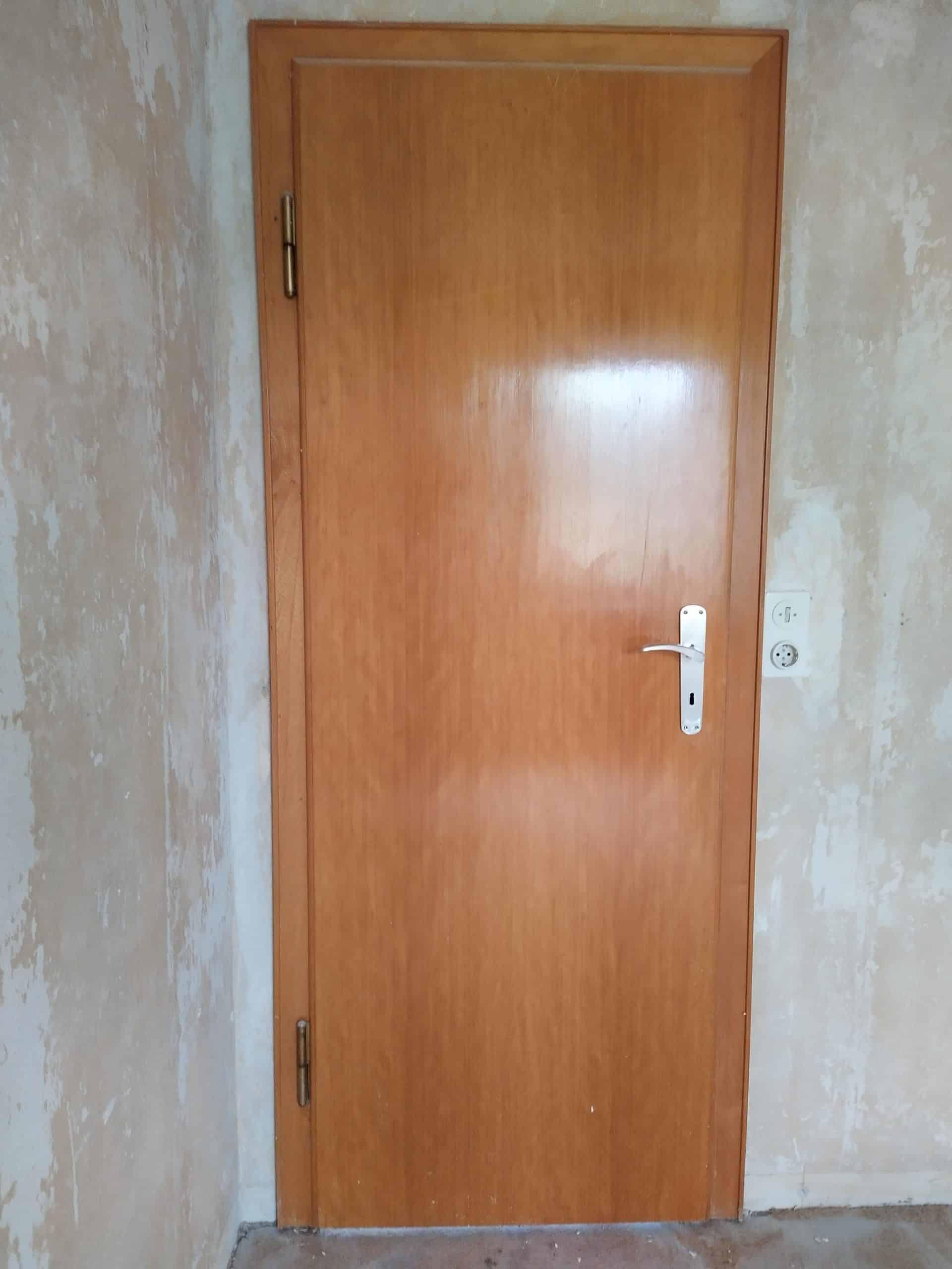 Zimmertür (1960er Jahre), Holz natur lackiert, 88er Breite