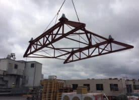 Neuwertige IPE Stahlkonstruktion Fachwerkträger Stahlträger für Halle Dach Plattform Bühne Kran etc.