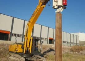 Vibro hammer OVR 60SG to work on a crane